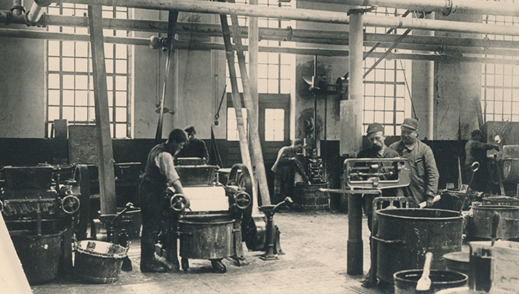 Production of Acella at the end of the 19th century